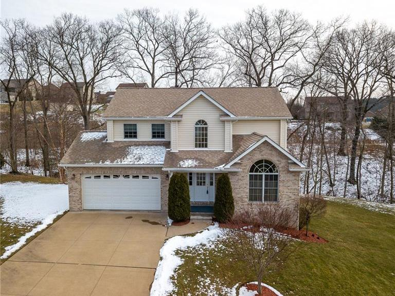 106 Sunray Dr, Center Twp