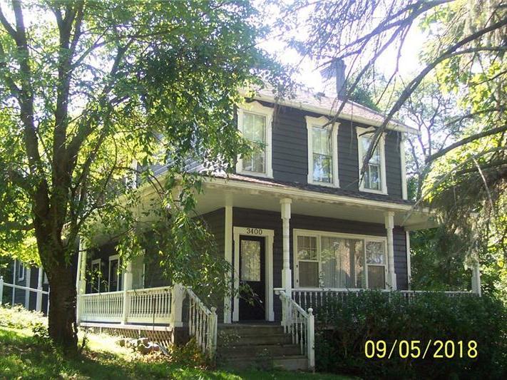 3400 Foster, White Oak