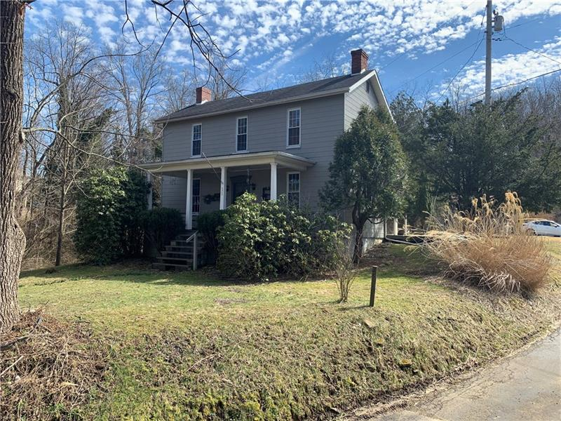 575 Adelaide Rd, Connellsville