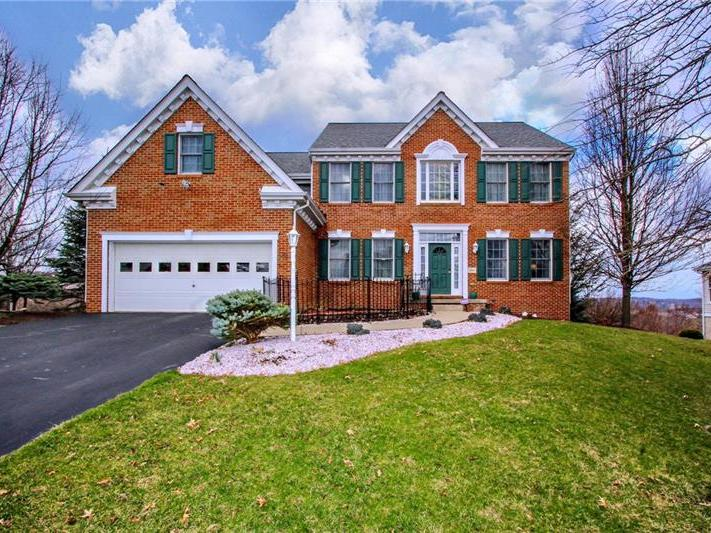 304 Molly Drive, Peters Twp