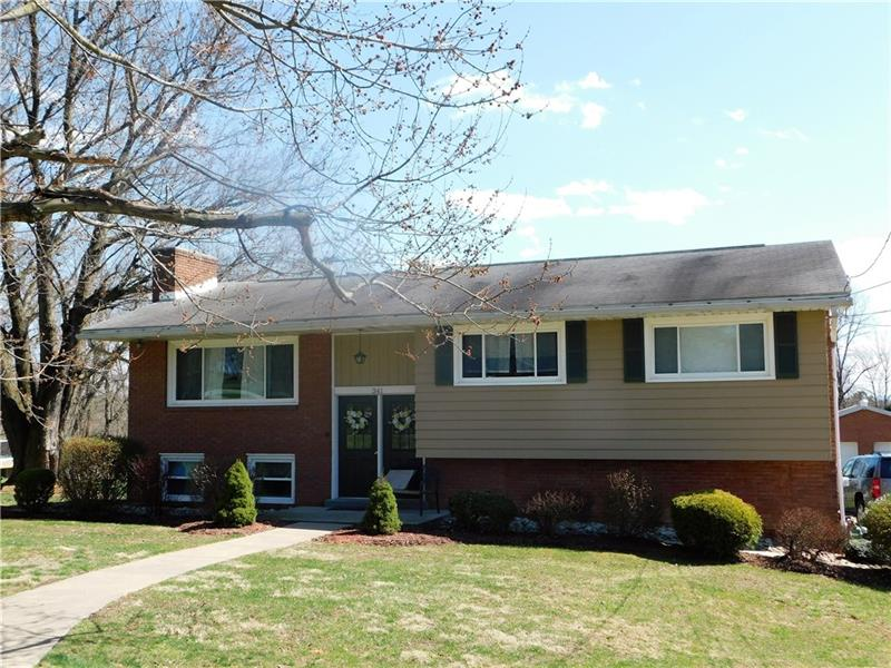 341 Willow Crossing, Hempfield Twp