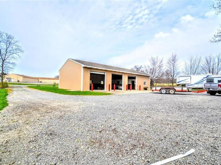 1036 New Castle Rd-rt 422, Franklin Twp
