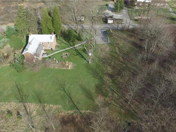 202 Hespenheide Road, Adams Twp