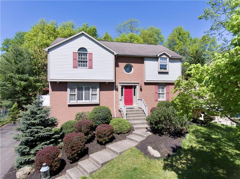 5828 Wallace Ave., Bethel Park