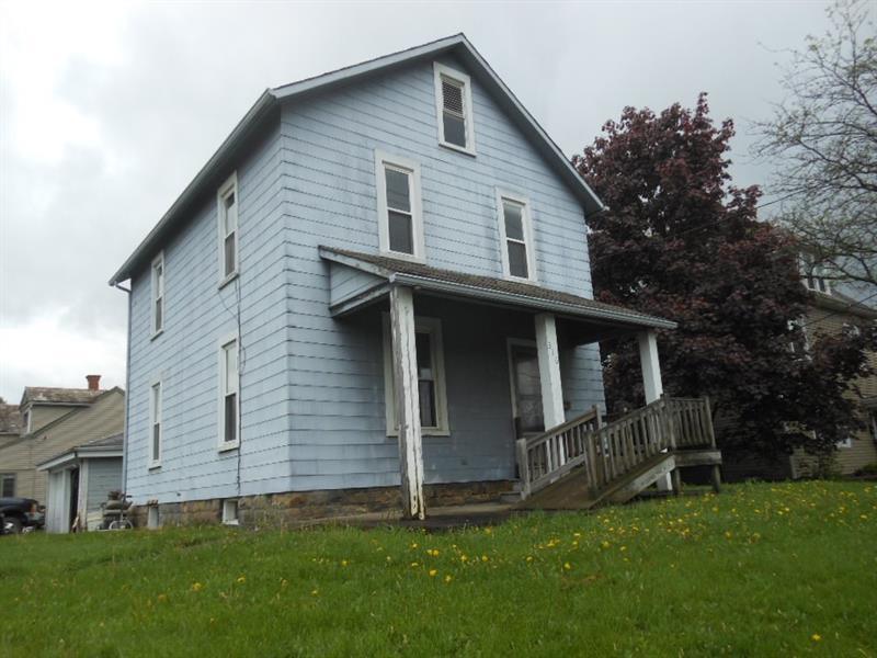 316 E Main St, Grove City Boro