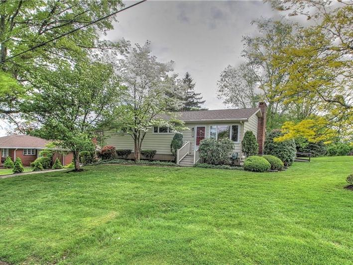 205 Palm Dr, North Sewickley Twp