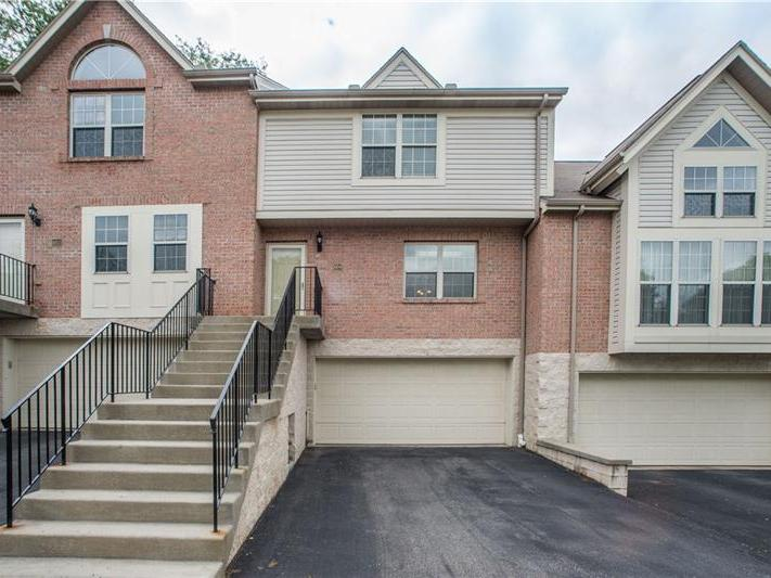 604 Berrington, Bethel Park