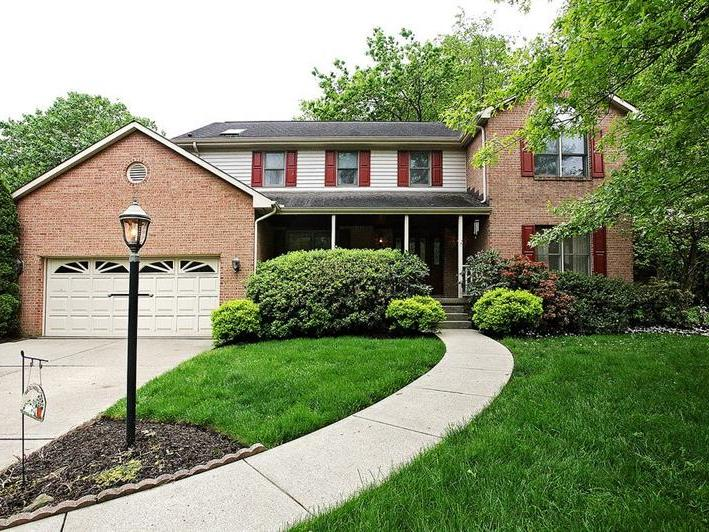 1603 Valley Brooke Ct, Franklin Park