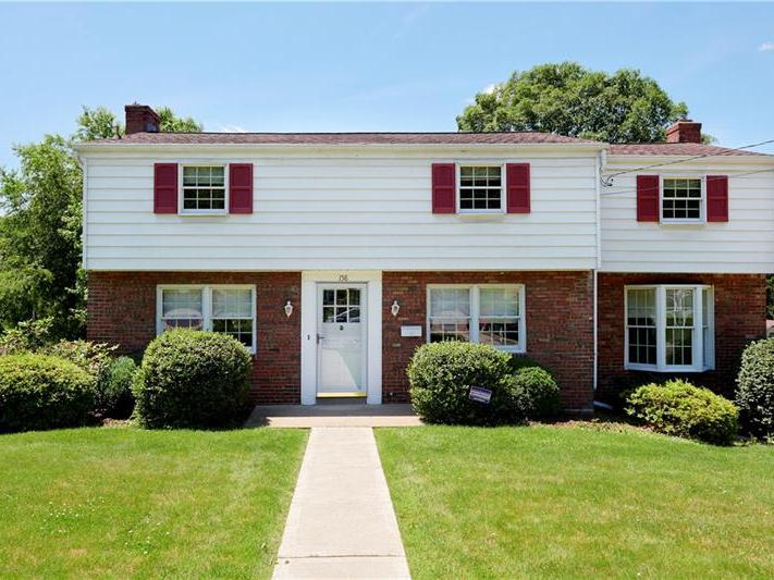 158 Connie Drive, Ross Twp