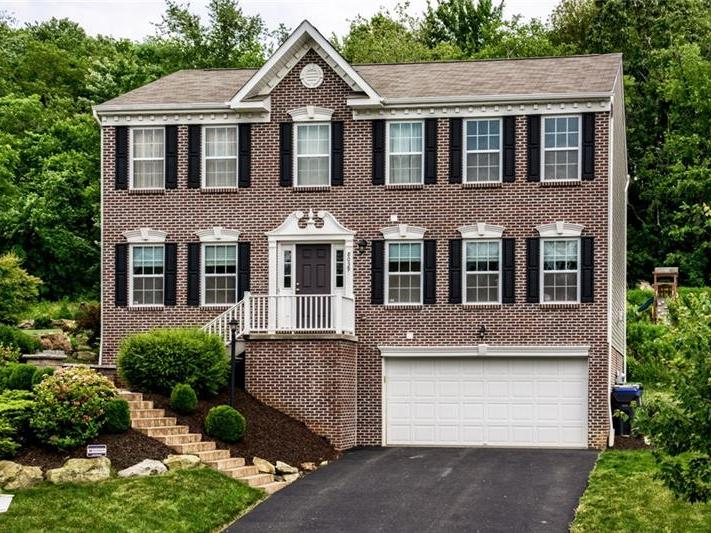 8039 Maureen Dr., Cranberry Twp