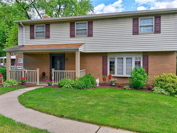 4448 Marywood Drive, Monroeville