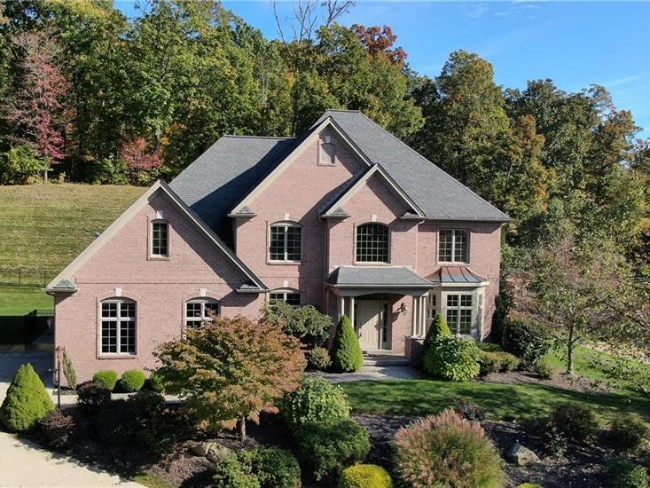 130 Preserve Valley Drive, Cranberry Twp