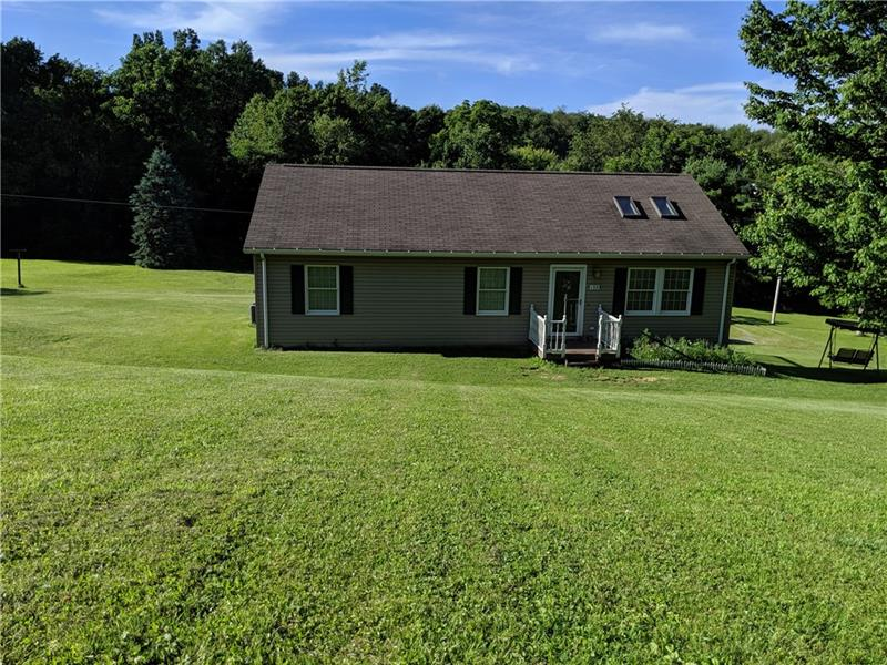 135 Peters Lane, Winfield Twp