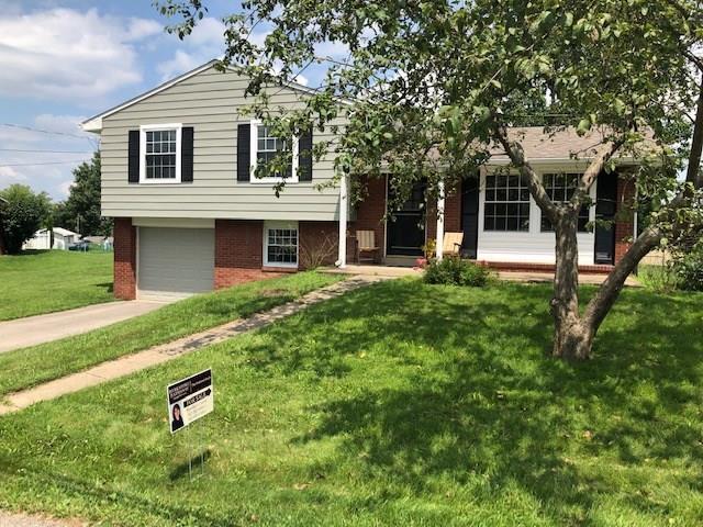 115 Newgate Drive, Center Twp