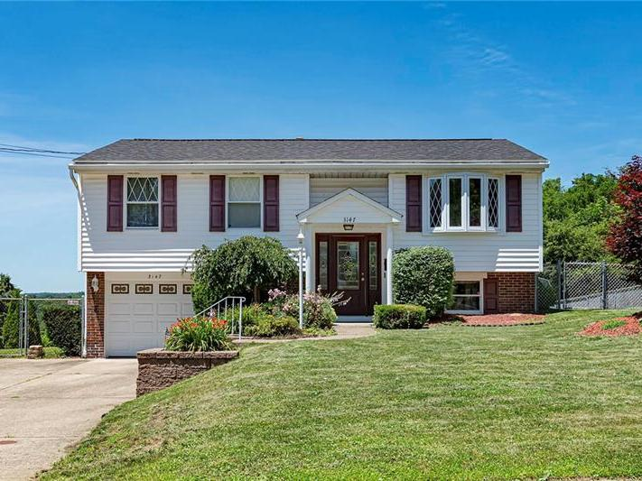 3147 New Hampshire Dr, Lower Burrell