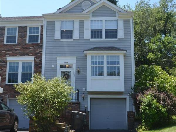 268 Clearbrook Ct, Cranberry Twp