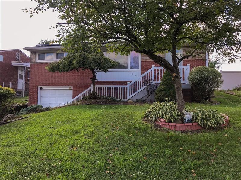 360 Livingston Rd., West Mifflin