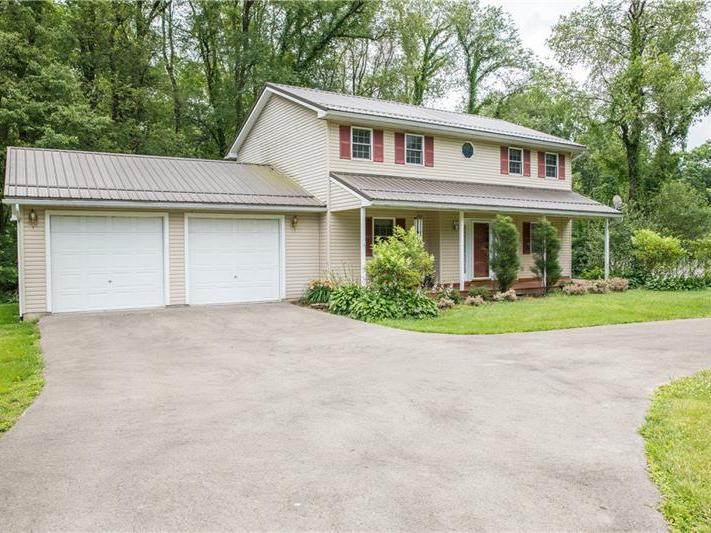 749 Sarsi Trl, Coolspring Twp