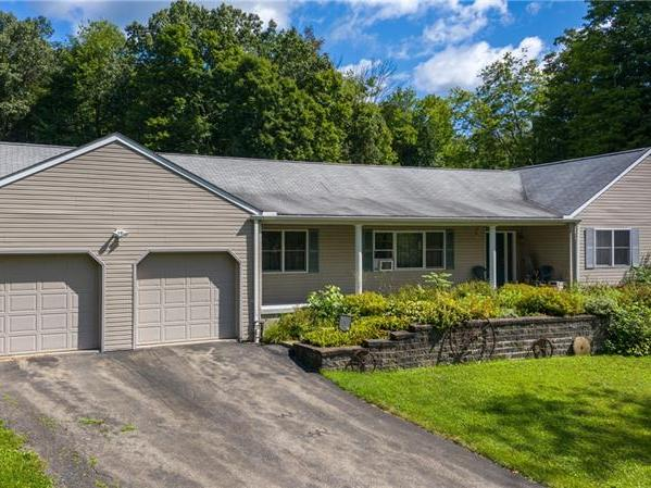 196 Tower Road, Green Twp