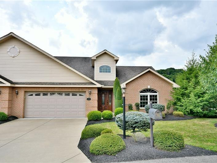 101 Green Meadow Court, Canton Twp