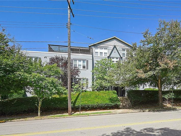 225 E Swissvale Ave, 9, Edgewood
