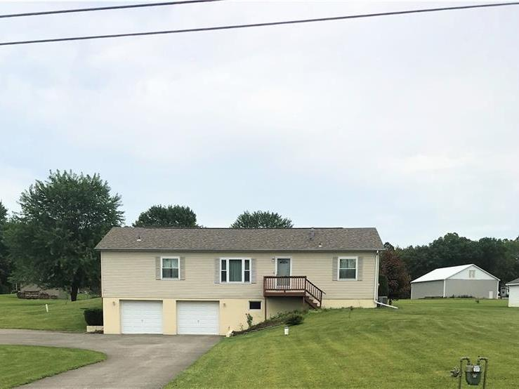 206 Channing Ln, Clearfield Twp