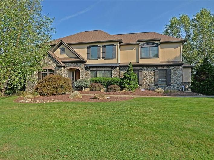 2133 Johns Ridge Rd, Moon-Crescent Twp