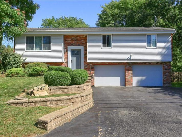 247 Greenwood Drive, Cranberry Twp