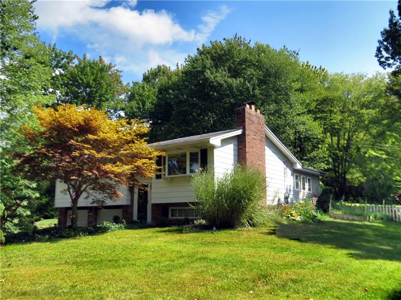 346 Mahood Road, Center Twp