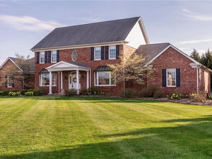 804 Saddleback Court, Hempfield Twp