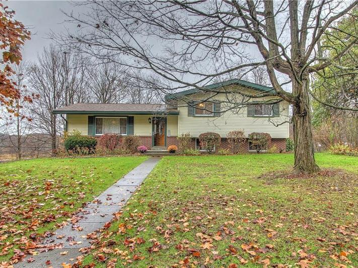 212 State Route 351, Little Beaver Twp