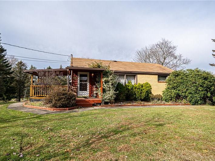 107 Orchard Ln, Center Twp