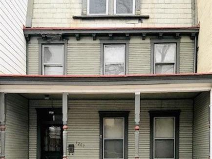 1207 Linden Pl, Central North Side