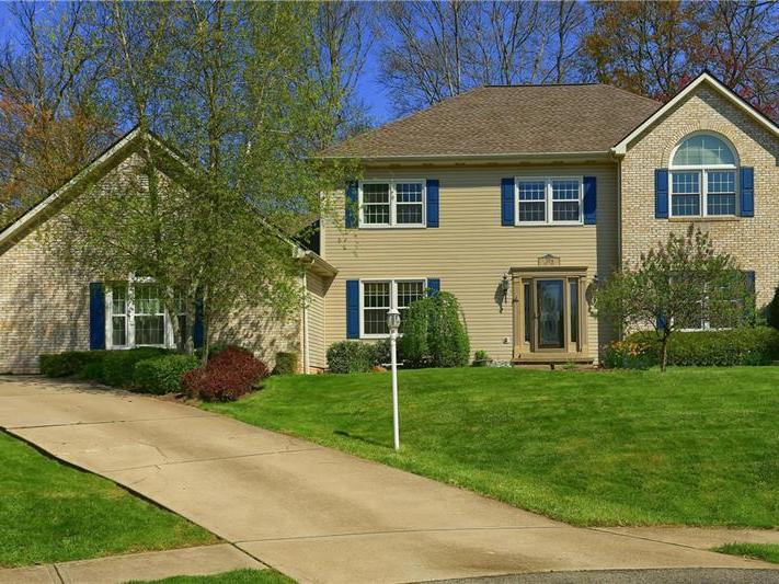 304 Teal Court, Cranberry Twp