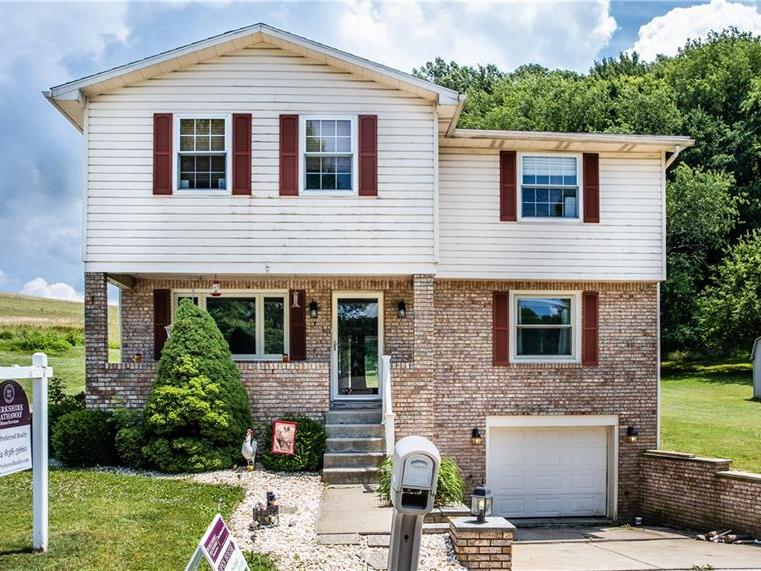 254 Lakeview Dr, Hempfield Twp
