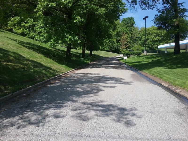 000 Brinton Road, Wilkinsburg