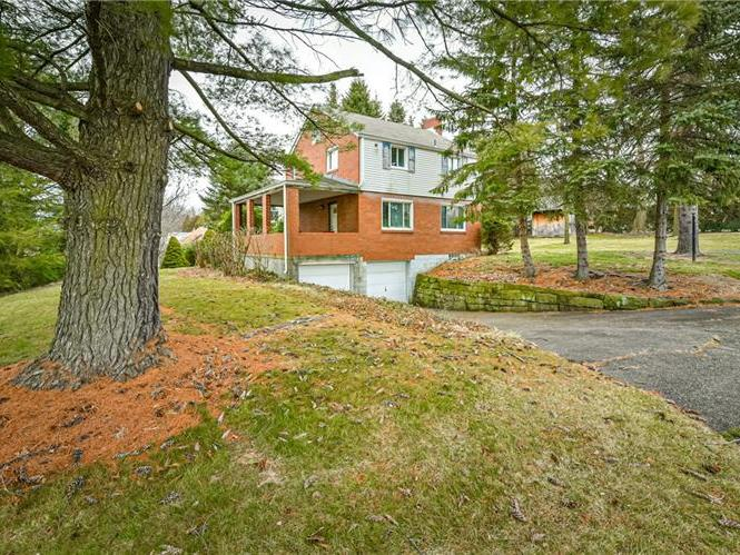 222 Westmont Rd, Ross Twp