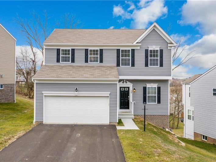 309 Summit Circle, Chartiers