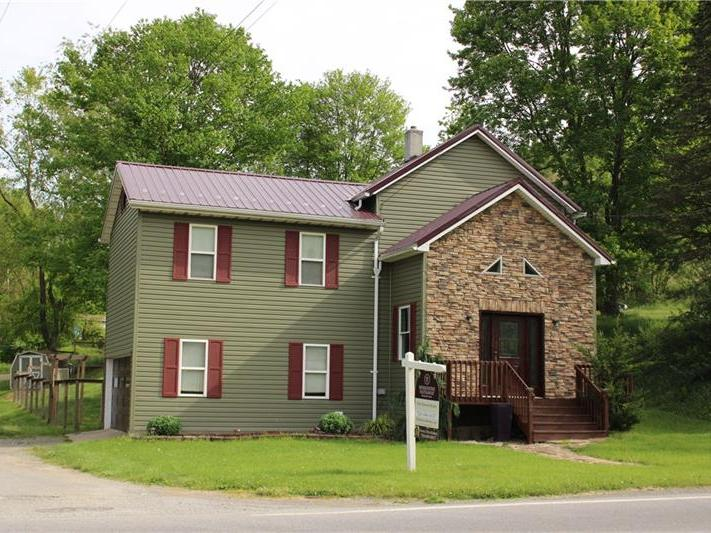165 Main Street, South Mahoning Twp. - Plumville