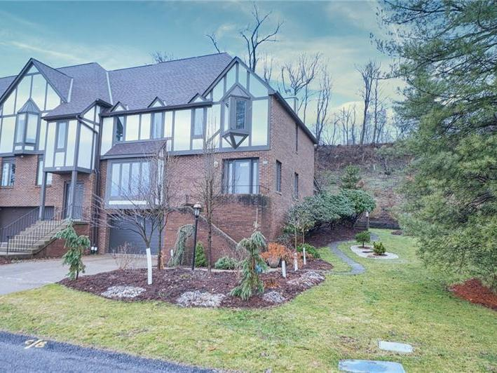 425 Forest Highlands Drive, Harmar