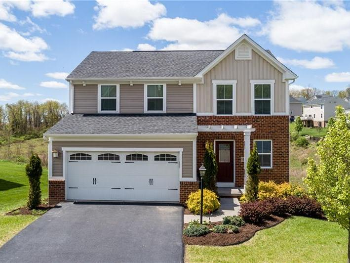 1013 Windance Dr, Cecil Twp