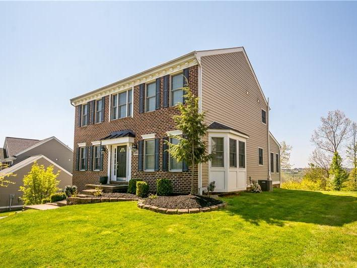5056 Stags Leap Lane, Moon-Crescent Twp