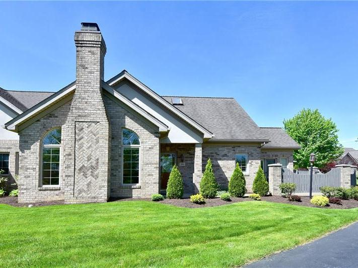 201 Cherry Hill Drive, Collier Twp