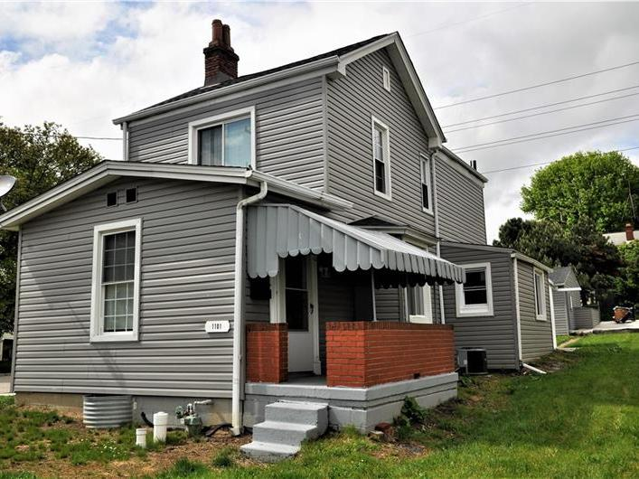 1101 Muldowney, Lincoln Place