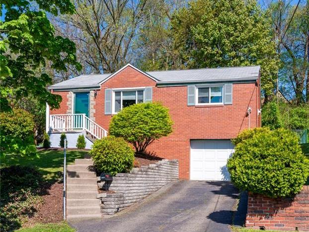 1860 Woodcove Place, Banksville - Westwood
