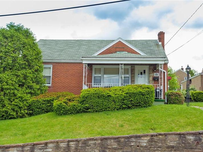 908 Dennis Avenue, Monessen