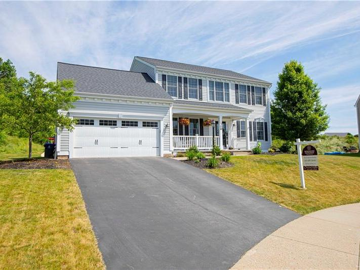306 Apricot Court, Cranberry Twp