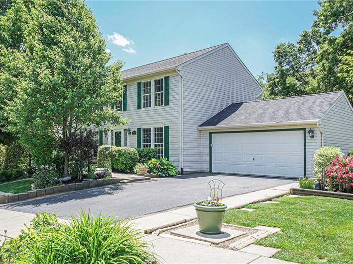 1061 Whispering Woods Drive, Moon-Crescent Twp