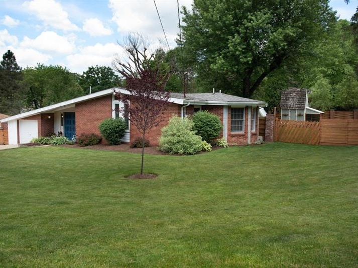 11 Oliver St, Cecil Twp