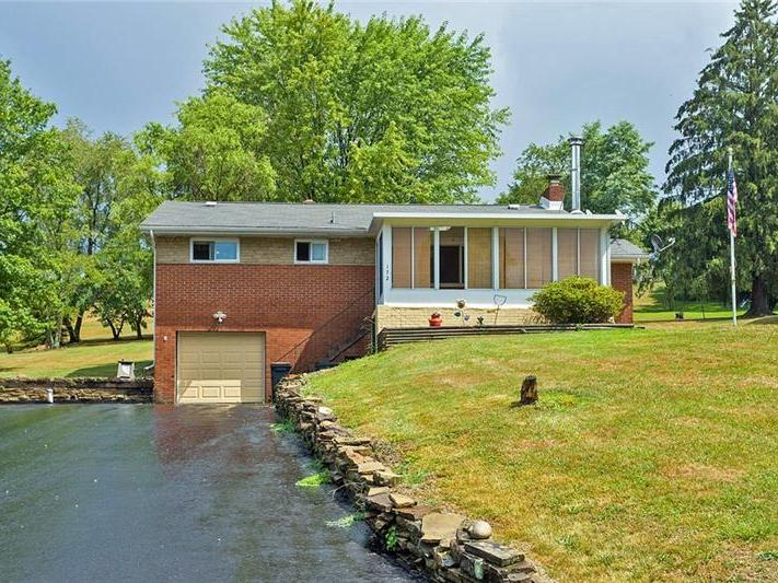 172 Valley Ave, Carroll Twp